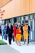 Koningin Maxima arriveert, lid van het Nederlands Comite voor Ondernemerschap, voor de opening van Coding College Codam. De programmeerschool wil een oplossing bieden voor het tekort aan goed opgeleide programmeurs in het land.<br /> <br /> Queen Maxima arrives, member of the Dutch Committee for Entrepreneurship, for the opening of Coding College Codam. The programming school wants to offer a solution to the shortage of well-trained programmers in the country.