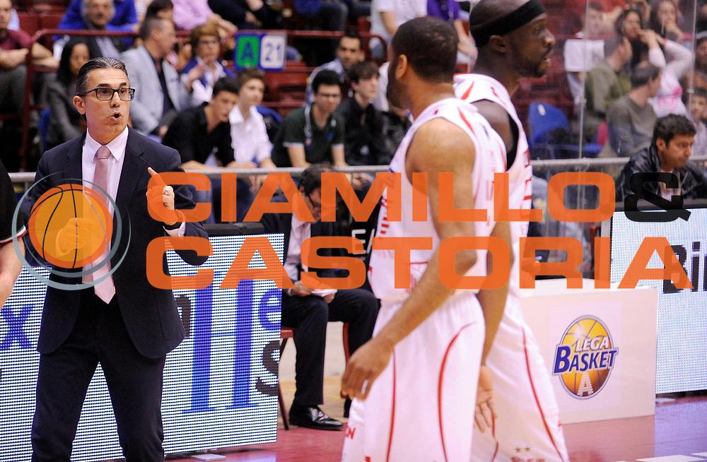 DESCRIZIONE : Milano Lega A 2012-13 Play Off Quarti di Finale Gara2 EA7 Olimpia Armani Milano Montepaschi Siena<br /> GIOCATORE : Coach Sergio Scariolo<br /> SQUADRA : EA7 Olimpia Armani Milano <br /> EVENTO : Campionato Lega A 2012-2013 Play Off Quarti di Finale Gara2<br /> GARA :  EA7 Olimpia Armani Milano Montepaschi Siena<br /> DATA : 12/05/2013<br /> CATEGORIA : Coach Fair Play Directory<br /> SPORT : Pallacanestro<br /> AUTORE : Agenzia Ciamillo-Castoria/A.Giberti<br /> Galleria : Lega Basket A 2012-2013<br /> Fotonotizia : EA7 Olimpia Armani Milano Montepaschi Siena<br /> Predefinita :