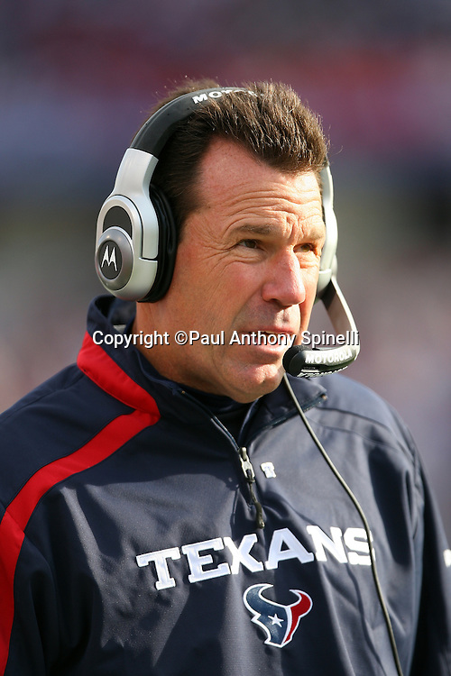 Houston Texans Head Coach Gary Kubiak looks on during the NFL football game against the Buffalo Bills, November 1, 2009 in Orchard Park, New York. The Texans won the game 31-10. (©Paul Anthony Spinelli)