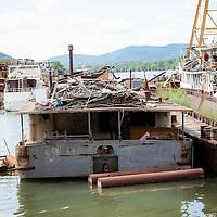 Hajóroncsok - Shipyard