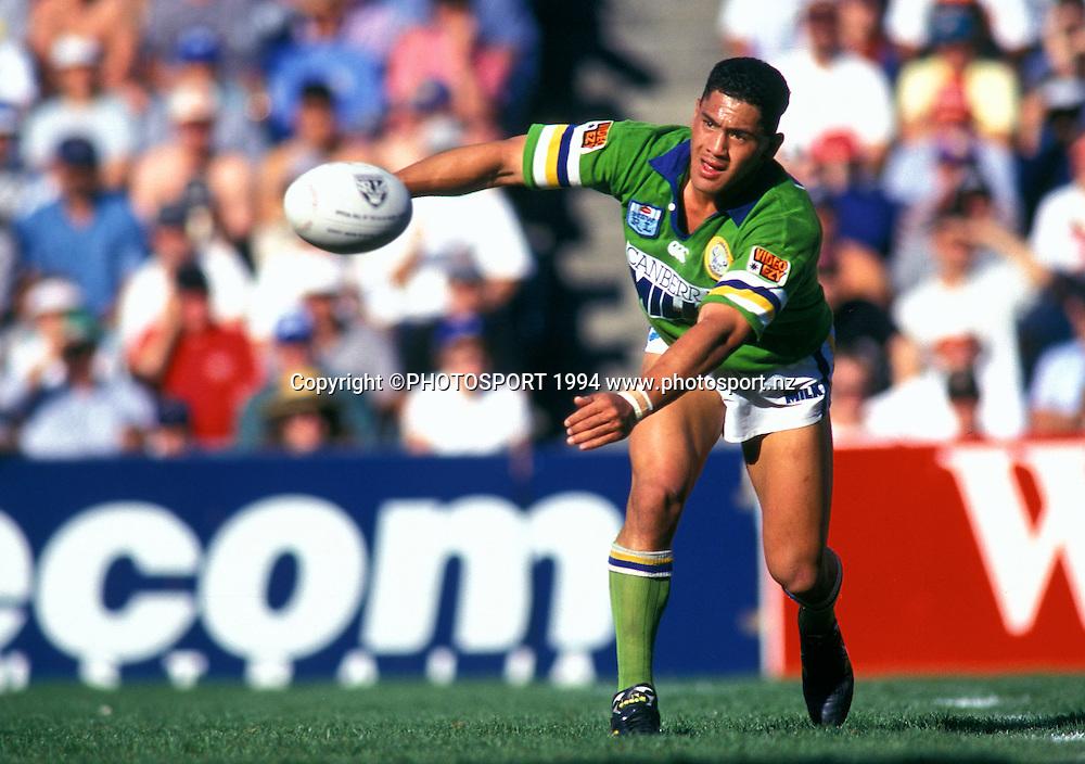 Raiders Ruben Wiki, Winfield Cup, Grand Final, Canberra Raiders v Canterbury Bulldogs, 1994. Photo: Andrew Cornaga/PHOTOSPORT