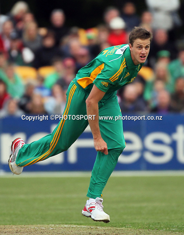 South African bowler Morne Morkel. Canterbury Wizards v South Africa. International Twenty20 cricket match, Hagley Oval, Wednesday 15 February 2012. Photo : Joseph Johnson / photosport.co.nz