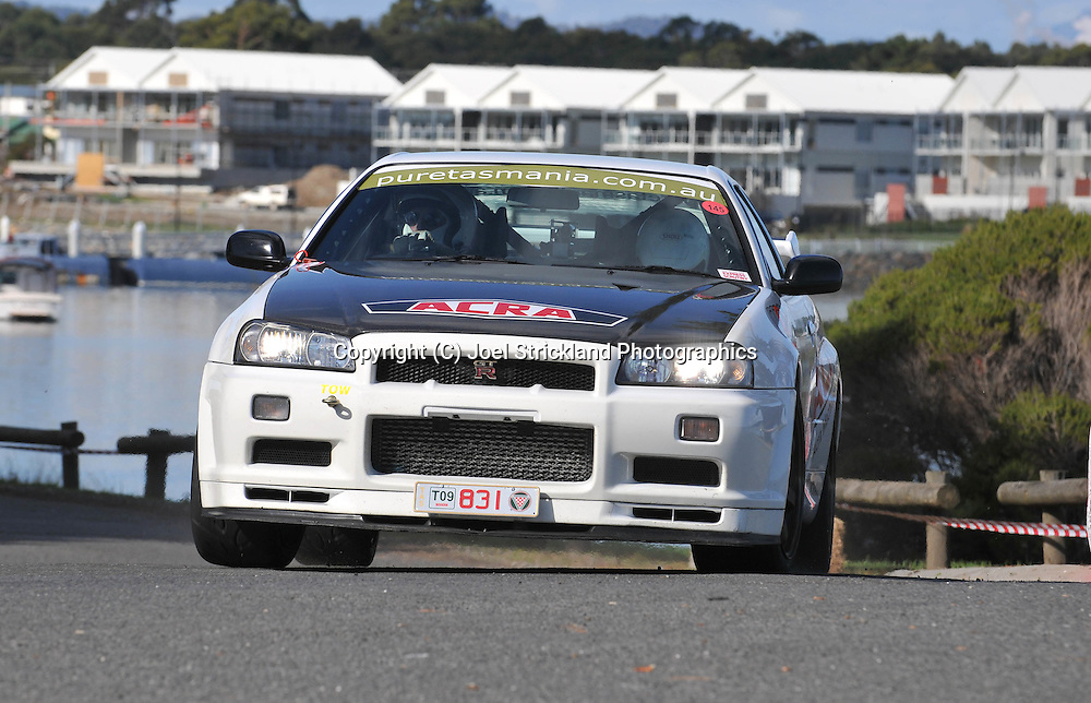 Jeff Beable & Nerida Beable .2000 Nissan Skyline GT-R V Spec N1 .Prologue.George Town.Targa Tasmania 2009.28th of April 2009.(C) Joel Strickland Photographics.