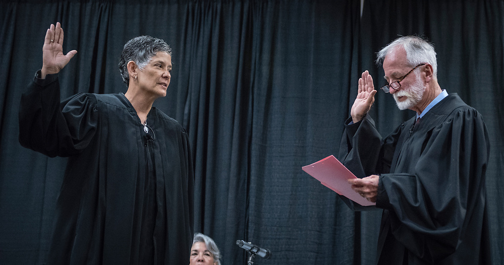 rer060717b/A1/June 07, 2017/Albuquerque Journal<br /> The Swearing-In Ceremony of the Honorable Judith K. Nakamura as Chief Justice of the Supreme Court of New Mexico took place Wednesday afternoon at the Marriott Pyramid.  Pictured is Chief Justice Charles Daniels (Cq) administers the Oath of Ociice for incoming Chief Justice Judith Nakamura(cq).<br />  Roberto E. Rosales/Albuquerque Journal