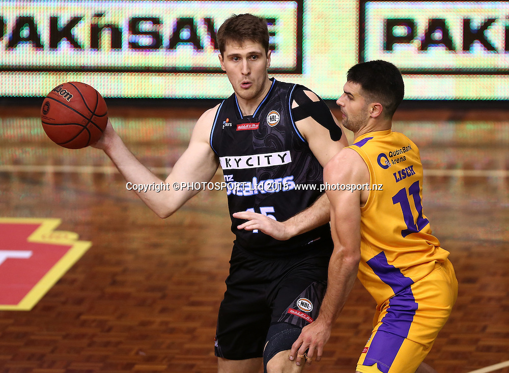 Breakers` Rob Loe is challenged by Kings` Kevin Lisch in the Round 3 ANBL Basketball Match, New Zealand Breakers v Sydney Kings, North Shore Events Centre, Auckland, New Zealand, Thursday, October 20, 2016. Copyright photo: David Rowland / www.photosport.nz