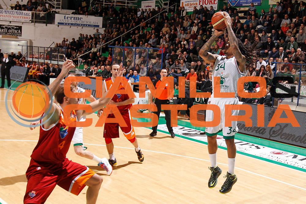 DESCRIZIONE : Siena Lega A 2012-13 Montepaschi Siena Acea Roma<br /> GIOCATORE : David Moss<br /> CATEGORIA : tiro<br /> SQUADRA : Montepaschi Siena<br /> EVENTO : Campionato Lega A 2012-2013 <br /> GARA : Montepaschi Siena Acea Roma<br /> DATA : 11/03/2013<br /> SPORT : Pallacanestro <br /> AUTORE : Agenzia Ciamillo-Castoria/P.Lazzeroni<br /> Galleria : Lega Basket A 2012-2013  <br /> Fotonotizia : Siena Lega A 2012-13 Montepaschi Siena Acea Roma<br /> Predefinita :