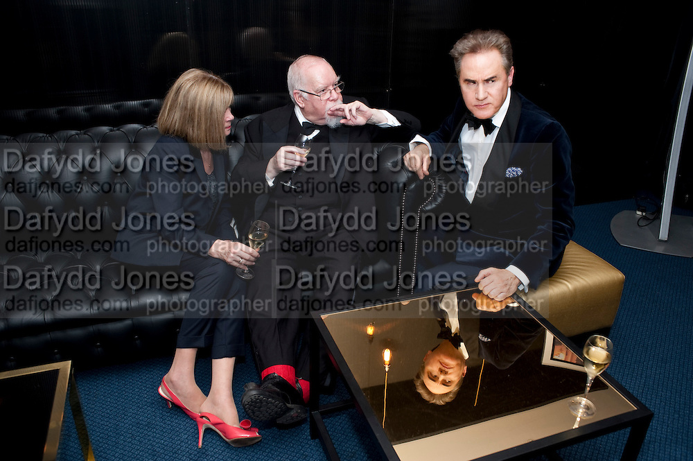 LADY BLAKE; SIR PETER BLAKE; PETER YORK, GQ Man of the Year awards. The royal Opera House. Covent Garden. London. 6 September 2011. <br /> <br />  , -DO NOT ARCHIVE-© Copyright Photograph by Dafydd Jones. 248 Clapham Rd. London SW9 0PZ. Tel 0207 820 0771. www.dafjones.com.
