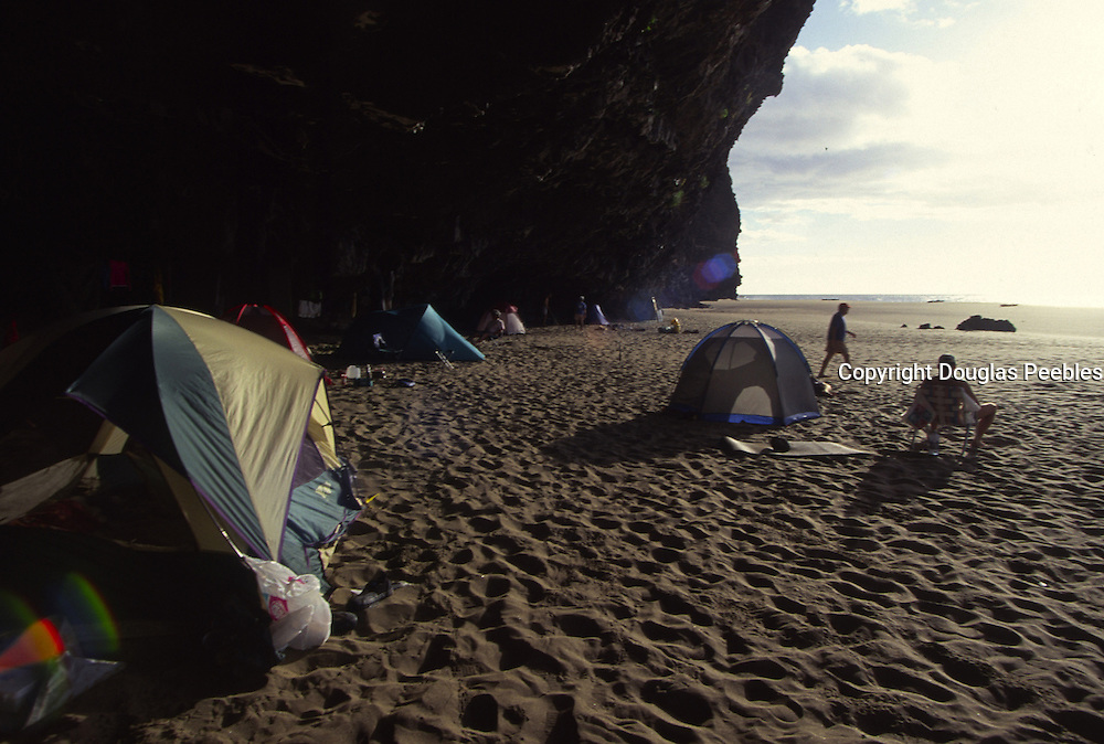 Camping, Kalalau, Napali Coast, Kauai, Hawaii<br />