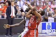 DESCRIZIONE : Milano Lega A 2013-14 EA7 Emporio Armani Milano vs Montepaschi Siena playoff Finale gara 5<br /> GIOCATORE : Samardo Samuels<br /> CATEGORIA : Tagliafuori<br /> SQUADRA : EA7 Emporio Armani Milano<br /> EVENTO : Finale gara 5 playoff<br /> GARA : EA7 Emporio Armani Milano vs Montepaschi Siena playoff Finale gara 5<br /> DATA : 23/06/2014<br /> SPORT : Pallacanestro <br /> AUTORE : Agenzia Ciamillo-Castoria/I.Mancini<br /> Galleria : Lega Basket A 2013-2014  <br /> Fotonotizia : Milano<br /> Lega A 2013-14 EA7 Emporio Armani Milano vs Montepaschi Siena playoff Finale gara 5<br /> Predefinita :