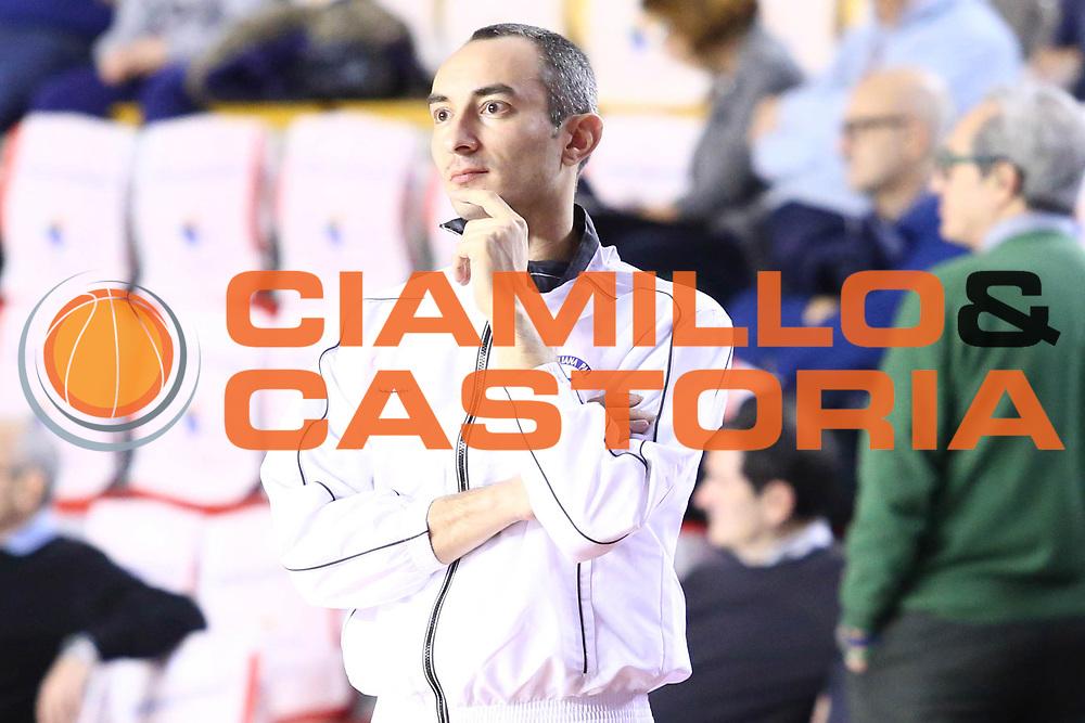 DESCRIZIONE : Roma Lega A 2013-2014 Acea Roma Vanoli Cremona<br /> GIOCATORE : arbitro<br /> CATEGORIA : ritratto<br /> SQUADRA : <br /> EVENTO : Campionato Lega A 2013-2014<br /> GARA : Acea Roma Pasta Vanoli Cremona<br /> DATA : 09/03/2014<br /> SPORT : Pallacanestro <br /> AUTORE : Agenzia Ciamillo-Castoria/M.Simoni<br /> Galleria : Lega Basket A 2013-2014  <br /> Fotonotizia : Roma Lega A 2013-2014 Acea Roma Vanoli Cremona<br /> Predefinita :