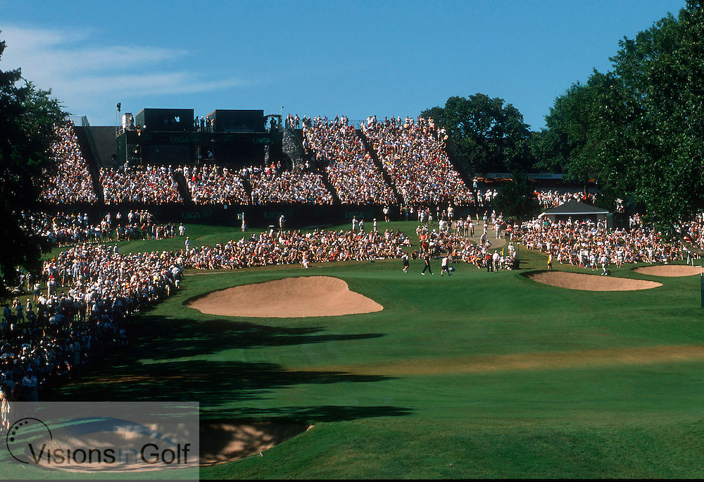 18th hole and green at Southern Hills GC, Tulas, USA. US Open 2001<br /> <br /> Photo:Michael C.Cohen