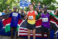 UAE Healthy Kidney 10K, top three finishers Mutai, True, Sambu