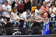 DESCRIZIONE : Campionato 2014/15 Serie A Beko Dinamo Banco di Sardegna Sassari - Grissin Bon Reggio Emilia Finale Playoff Gara4<br /> GIOCATORE : David Logan<br /> CATEGORIA : Postgame Ritratto Esultanza Fair Play Tifosi Pubblico Spettatori<br /> SQUADRA : Dinamo Banco di Sardegna Sassari<br /> EVENTO : LegaBasket Serie A Beko 2014/2015<br /> GARA : Dinamo Banco di Sardegna Sassari - Grissin Bon Reggio Emilia Finale Playoff Gara4<br /> DATA : 20/06/2015<br /> SPORT : Pallacanestro <br /> AUTORE : Agenzia Ciamillo-Castoria/GiulioCiamillo