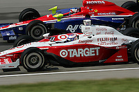 Scott Dixon and Roger Yasukawa at the Kentucky Speedway, Kentucky Indy 300, August 14, 2005