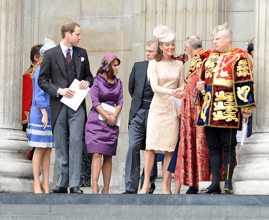 05.JUNE.2012. LONDON<br /> <br /> PRINCE WILLIAM AND KATE MIDDLETON, CATHERINE DUCHESS OF CAMBRIDGE LEAVING THE SERVICE OF THANKSGIVING AS PART OF THE QUEEN'S DIAMOND JUBILEE CELEBRATIONS AT ST PAUL'S CATHEDRAL IN LONDON<br /> <br /> BYLINE: EDBIMAGEARCHIVE.CO.UK<br /> <br /> *THIS IMAGE IS STRICTLY FOR UK NEWSPAPERS AND MAGAZINES ONLY*<br /> *FOR WORLD WIDE SALES AND WEB USE PLEASE CONTACT EDBIMAGEARCHIVE - 0208 954 5968*