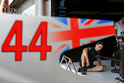 August 24, 2017 - Spa-Francorchamps, Belgium - Motorsports: FIA Formula One World Championship 2017, Grand Prix of Belgium, .mechanic of Mercedes AMG Petronas F1 Team  (Credit Image: © Hoch Zwei via ZUMA Wire)