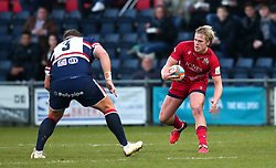Mat Protheroe of Bristol Rugby takes on Joe Sproston of Doncaster Knights - Mandatory by-line: Robbie Stephenson/JMP - 02/12/2017 - RUGBY - Castle Park - Doncaster, England - Doncaster Knights v Bristol Rugby - Greene King IPA Championship