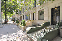 Entrance at 12 East 95th Street