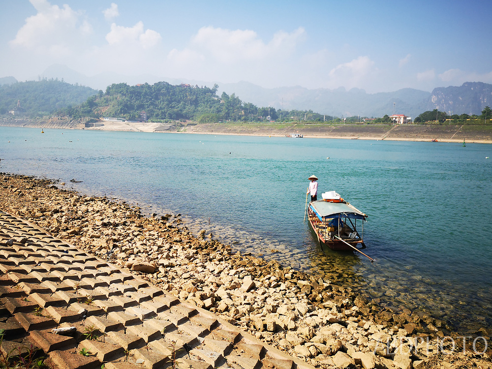 smartcapture Da River in Hoa Binh Vietnam