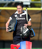 BILTHOVEN - Keeper Inge Vermeulen van SCHC , zondag tijdens de hoofdklasse competitiewedstrijd tussen de vrouwen van SCHC en MOP (5-0). COPYRIGHT KOEN SUYK