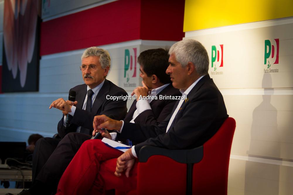 Bologna 02 Settembre 2014 - Festa dell'Unità. Dbattito: L'Europa nell'occhio del ciclone. Nella foto Massimo D'Alema, Pier Ferdinando Casini