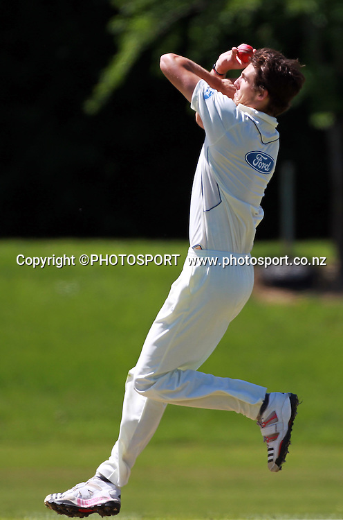 Otago opening bowler Steven Finn, who has also appeared for the England cricket team, during play on the first day of the first game of the season. Canterbury Wizards v Otago Volts, Plunket Shield Game held at Mainpower Oval, Rangiora, Monday 07 November 2011. Photo : Joseph Johnson / photosport.co.nz