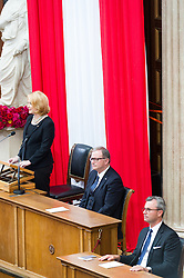 08.07.2016, Historischer Sitzungssaal, Wien, AUT, Parlament, Bundesversammlung zur Verabschiedung des scheidenden Bundespräsidenten Fischer, im Bild v.l.n.r. Nationalratspräsidentin Doris Bures (SPÖ), Nationalratsabgeordneter ÖVP und Zweiter Nationalratspräsident Karlheinz Kopf und Dritter Nationalratspraesident Norbert Hofer (FPÖ) // f.l.t.r. President of the National Council Doris Bures (SPOe), 2nd President of the National Council Karlheinz Kopf (OeVP) and 3rd President of the National Council Norbert Hofer (FPOe) during farewell ceremony for the federal president of austria at austrian parliament in Vienna, Austria on 2016/07/08, EXPA Pictures © 2016, PhotoCredit: EXPA/ Michael Gruber