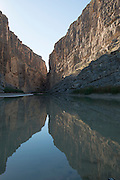 Santa Elena Canyon, Rio Grande River, Big Bend National Park, Texas, USA
