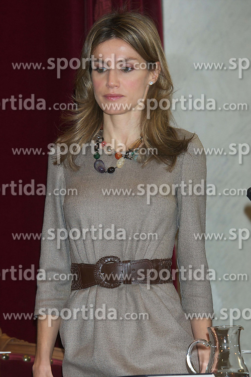 17.12.2010, Real Academia Espanola, Madrid, ESP, Presentation of the Spanish Language Spelling, im Bild Prince Felipe and Princess Letizia attend the Presentation of the Spanish Language Spelling at Real Academia Espanola in Madrid, EXPA Pictures © 2010, PhotoCredit: EXPA/ Alterphotos/ Billy Chappel / ALFAQUI