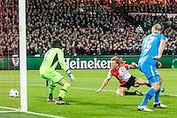 ROTTERDAM - Feyenoord - AZ , Voetbal , Seizoen 2015/2016 , Halve finales KNVB Beker , Stadion de Kuip , 03-03-2016 , Speler van Feyenoord Dirk Kuyt scoort de 1-0