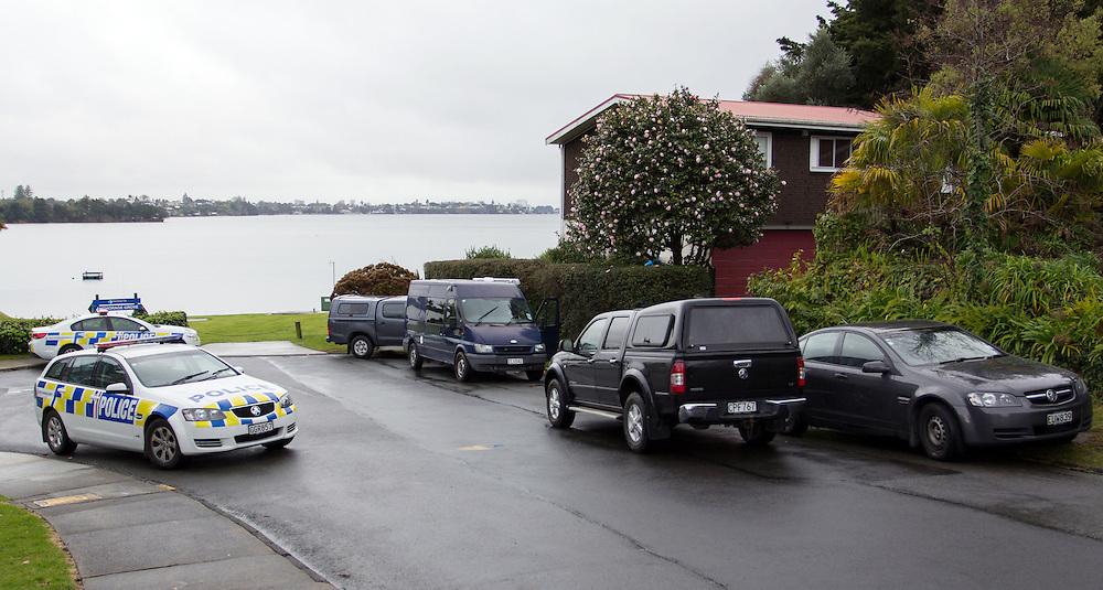 Police carry out a scene examination and impound vehiles after Police and AOS raided a house in Anchorage Grove, Maungatapu overnight, Tauranga, New Zealand, Saturday, July 04, 2015.  Credit:SNPA / Cameron Avery