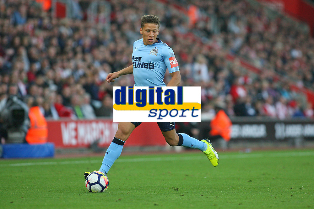 Football - 2017 / 2018 Premier League - Southampton vs. Newcastle United<br /> <br /> Dwight Gayle of Newcastle United in action at St Mary's Stadium Southampton<br /> <br /> COLORSPORT/SHAUN BOGGUST