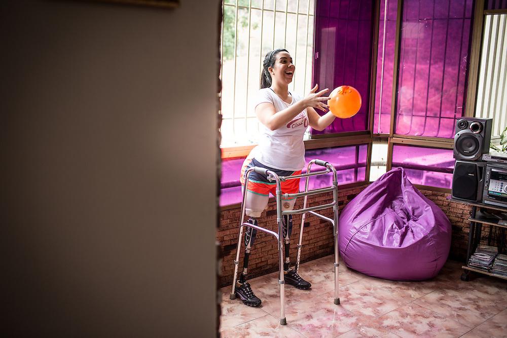 Zarevitz Camacho es una joven venezolana bilateral que vive y entrena en Caracas. 08 de mayo de 2014. (Foto/Ivan Gonzalez)