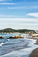 Praia de Palmas. Governador Celso Ramos, Santa Catarina, Brasil. / Palmas Beach. Governador Celso Ramos, Santa Catarina, Brazil.