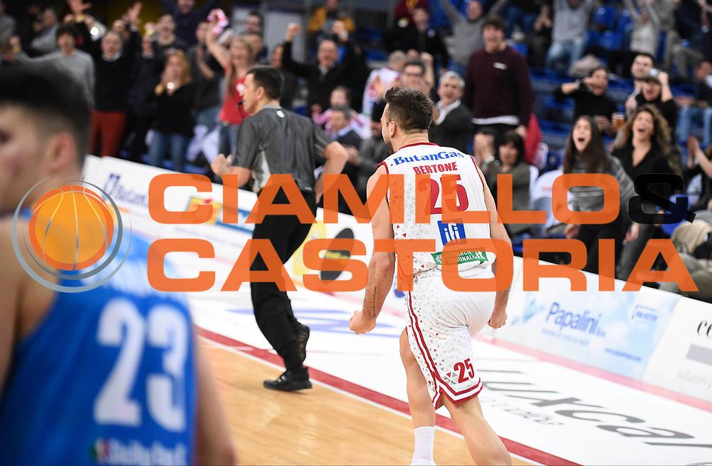 Bertone Pablo<br /> Victoria Libertas Pesaro - Betaland Capo d'Orlando<br /> Lega Basket Serie A 2017/2018<br /> Reggio Emilia, 11/03/2018<br /> Foto A.Giberti / Ciamillo - Castoria