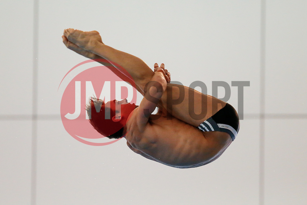 Tom Daley from Dive London Aquatics Club competes during the Mens 10m Platform Preliminary - Mandatory byline: Rogan Thomson/JMP - 24/01/2016 - DIVING - Southend Swimming & Diving Centre - Southend-on-Sea, England - British National Diving Cup Day 3.