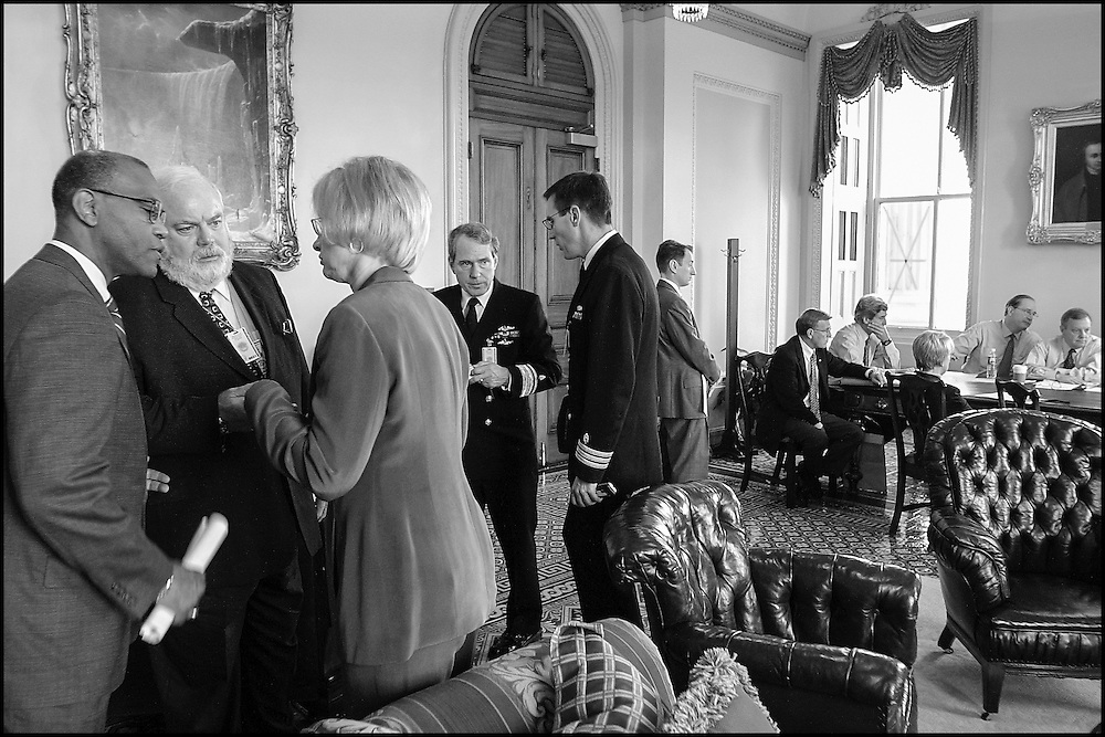 Capitol Officials talk among themselves after briefing the Democratic Senate Leadership on the current state of affairs concerning the Capitol complex.  10/23/01..©PF BENTLEY/PFPIX.com