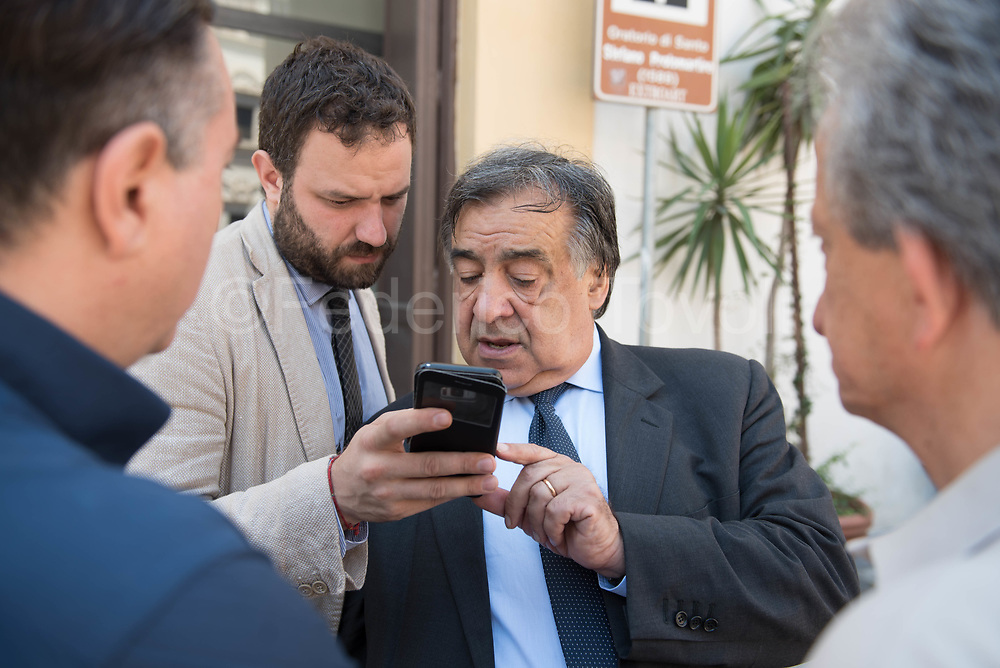 The only elected mayor of the provincial capital elected in the first round of 2017 administrative elections, Leoluca Orlando represents the change in Palermo, its at his fifth non consecutive term, during its first encountering the enormous problems of predecessors who governed only fpr the mafious