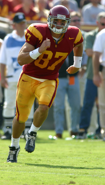 19 October 2002: #87 Grant Mattos of the USC Trojans college football team during 41-21 win over Washington Huskies. Pac-10 College Football. .<br />