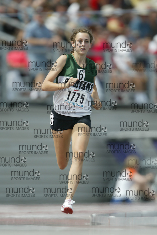 (London, Ontario}---05 June 2010) Samantha Murphy of St. John - Perth competing in the 800m final at the 2010 OFSAA Ontario High School Track and Field Championships in London, Ontario, June 05, 2010 . Photograph copyright Sean Burges / Mundo Sport Images, 2010.
