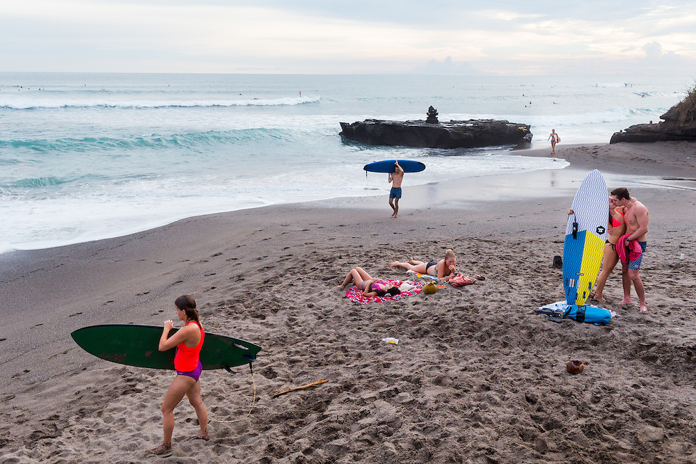 Scenes at Batubolong beach in Canggu.