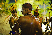 Yawalapiti men, before the opening of the Festival.<br />