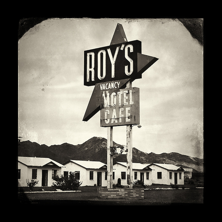 """Charles Blackburn image of the Roy's Motel Cafe sign in Amboy, CA. 5x5"""" print."""