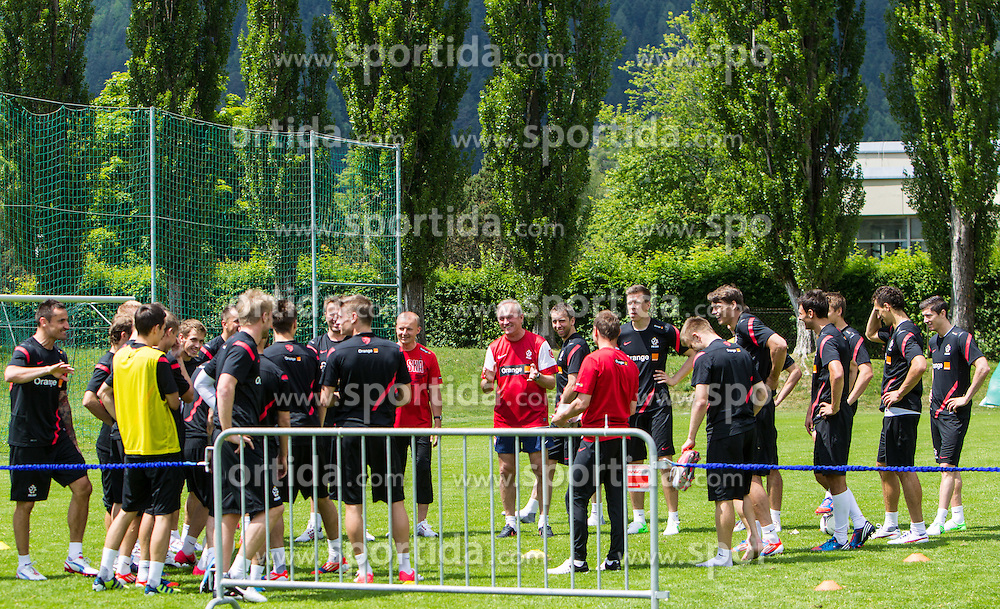 27.05.2012, Dolomitenstadion, Lienz, AUT, UEFA EURO 2012, Trainingscamp, Polen, Training, im Bild das Team bei einer Trainingseinheit // the Team during second training of polish National Footballteam for preparation UEFA EURO 2012 at Dolomitenstadion, Lienz, Austria on 2012/05/27. EXPA Pictures © 2012, PhotoCredit: EXPA/ Johann