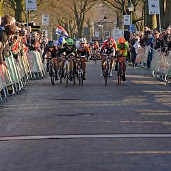 13-03-2016: Wielrennen: acht van Dwingeloo: DWINGELOO (NED): Wielrennen: Vrouwen elite: <br /> Winst voor de Canadeese Leah Kirchmann (Liv-Plantur), tweede werdChristine Majerus (Boels Dolman) en derde Anouska Koster (Rabo Liv)