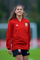 NEWPORT, WALES - Tuesday, August 28, 2018: Wales' Ffion Morgan during a training session at Dragon Park ahead of the final FIFA Women's World Cup 2019 Qualifying Round Group 1 match against England. (Pic by David Rawcliffe/Propaganda)