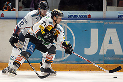 05.12.2010, Eisstadion Liebenau, Graz, AUT, EBEL, Graz 99ers vs Fehervar, im Bild Andras Benk (12, SAPA Fehervar AV19), Harry Lange (71, C, Moser Medical Graz 99ers), EXPA Pictures © 2010, PhotoCredit: EXPA/ J. Hinterleitner