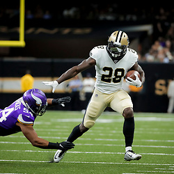 Aug 9, 2019; New Orleans, LA, USA; New Orleans Saints running back Latavius Murray (28) runs past Minnesota Vikings middle linebacker Eric Kendricks (54) during the first quarter at the Mercedes-Benz Superdome. Mandatory Credit: Derick E. Hingle-USA TODAY Sports