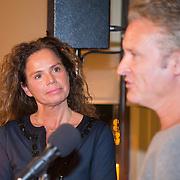 """NLD/Bloemendaal/20151124 - Boekpresentatie """"Buch"""" over het leven van Menno Buch, Nicole Buch - van Houten en Erland Galjaard"""
