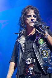 2012© Licensed to London News Pictures. 14/08/2012. Shaftsbury Theatre, London, UK. Alice Cooper performing at a Special performace of the West End Musical Rock Of Ages at the Shaftsbury Theatre London, on the 14th Aug 2012. Photo credit : Richard Hurn / LNP